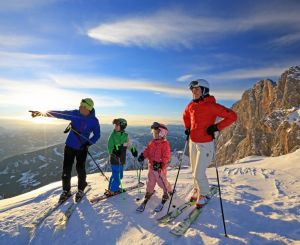 Skiing holidays on the Dachstein
